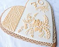 Dekorácie - Medovníkové srdce Sedemdesiatnika - 9272265_