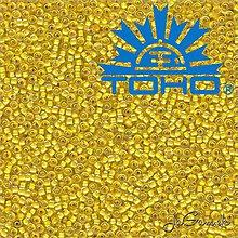 Korálky - Toho Rokajl 11/0 - Inside-Color Crystal/Yellow Lined č.192 25g - 9270057_