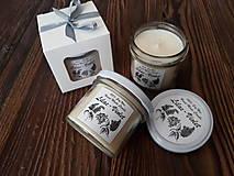 Svietidlá a sviečky - Sviečka zo 100% sójového vosku v skle - Orgován&Fialka - Darčeková krabička - 9272480_