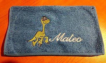 Úžitkový textil - Vyšívaný uteráčik do školy a škôlky Dino - 9269076_