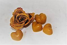 Drobnosti - Vonný včelí vosk - rôzne vône (vôňa ruža) - 9270446_