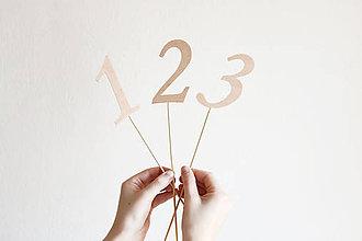 Dekorácie - Čísla na stôl - 9276855_