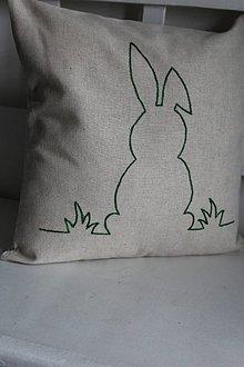 Úžitkový textil - vankúš s výšivkou zajac - 9278283_