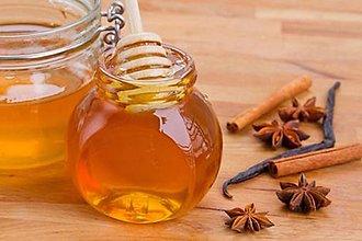 Svietidlá a sviečky - Vonný olej Škorica med a vanilka do aromalampy - 9281659_