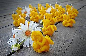 Svietidlá a sviečky - Včelí miminko - svíčka - 9279004_