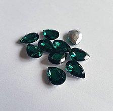 Komponenty - Sklenený kabošon slza - smaragdovozelený (13x18mm) - 9279419_