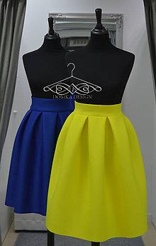Sukne - Dámske skladané sukne v kráľovskej modrej a jasnej žltej farbe - 9285427_