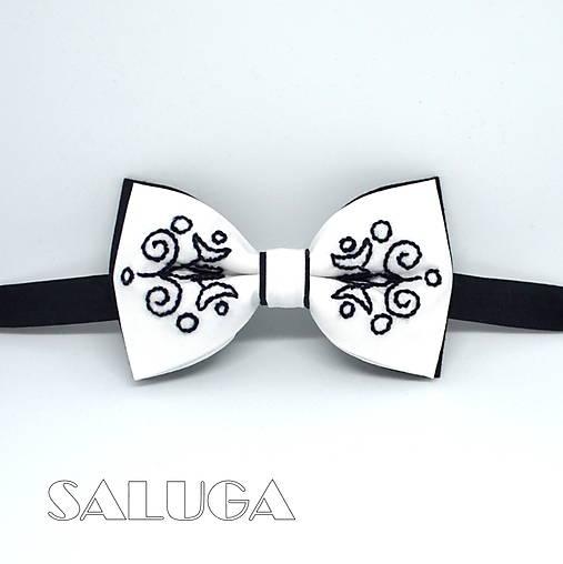 45b045a64 Ručne vyšívaný folklórny motýlik - čiernobiely / SALUGA - SAShE.sk ...