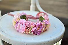 - Nežný, romantický ružový venček - 9288280_