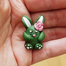 Dekorácie - FIMO veľkonočný zajačik (ružička) - 9287319_