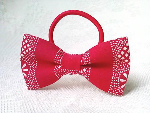 Red folk hair bow
