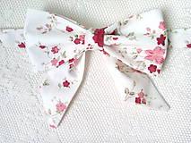 Náhrdelníky - Romantický vintage dámsky motýlik - 9296914_