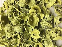 Žlté pastelové sušené plody