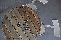 Nábytok - Stolík zo špulky na kábel - 9295390_
