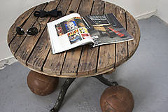 Nábytok - Stolík zo špulky na káble s liatinovou nohou - 9295521_