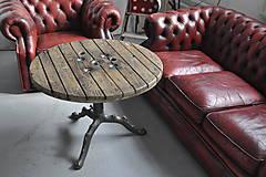 Nábytok - Stolík zo špulky na káble s liatinovou nohou - 9295527_
