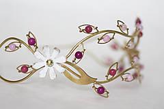 Ozdoby do vlasov - ZĽAVA-Jedinečná dvojradová čelenka s bielymi kvetmi, ružovými jadeitmi a ruženínmi - Slavianka - 9300828_