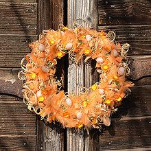 Dekorácie - Oranžový jarný veniec na dvere (30 cm) - 9300640_