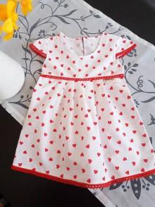 Detské oblečenie - Šatočky srdiečka na snehu - 9299014_