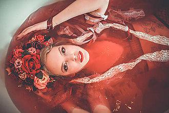 Ozdoby do vlasov - Červená svadobná parta so stuhami a čipkami - 9298606_