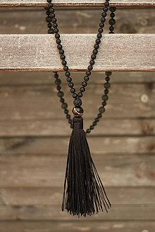 Náhrdelníky - Mala náhrdelník z minerálov a strapcom láva, onyx - 9301829_
