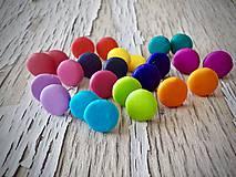 Náušnice - AKCIA! farebné MiNi lentilky-napichovačky - 9301843_
