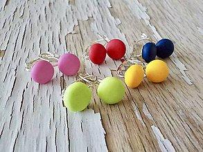 Náušnice - farebné ďobky na francúzskom háčiku - 9302107_