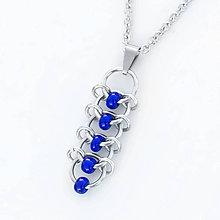 Náhrdelníky - Přívěsek Korálkový hřbet  (modrý) - 9303499_