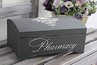 Krabičky - Drevená škatuľka Pharmacy (Hnedá) - 9305211_