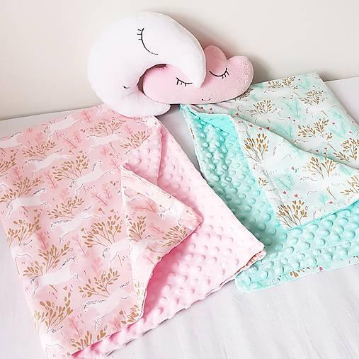 Detská deka jednorožci na ružiach a mentole
