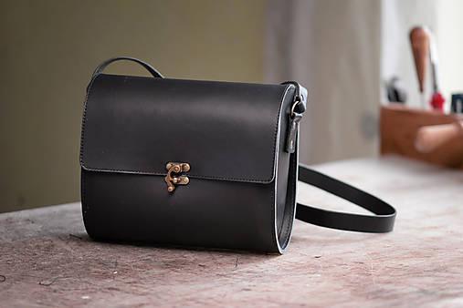 Kožená kabelka RONDIE - čierna