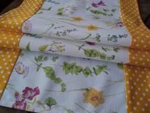 Úžitkový textil - Štóla plná kvetov... - 9310341_