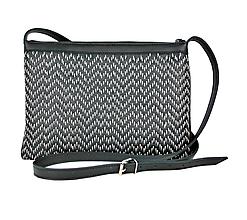 Kabelky - Kožená kabelka ručne vyšívaná v čiernej farbe-šedé vyšívanie - 9310040_