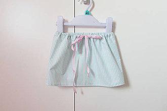 Detské oblečenie - Zeleno-biela pruhovaná suknička - 9312795_