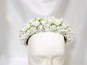 Ozdoby do vlasov - Biela svadobná čelenka s čipkou - 9314664_