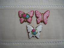 Dekorácie - medovníkové farebné motýle menšie - 9317475_