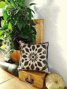 Úžitkový textil - MANDALA FENG SHUI -harmonizačný ručne maľovaný dekoračný vankúšik - 9316392_