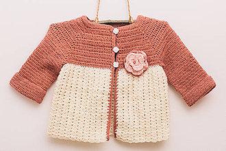 Detské oblečenie - Svetrík s kvietkom - 9316322_