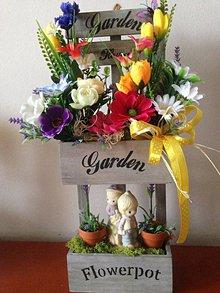 Dekorácie - Zahradka aranžmán polička 48cm-zlava - 9316423_