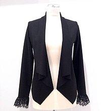 Kabáty - Krátky kardigan s čipkou na rukávoch - 9321654_
