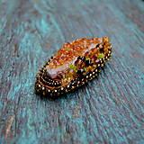 Odznaky/Brošne - Crystals - vyšívaná brož - 9322760_