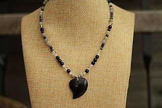 Náhrdelníky - Náhrdelník z minerálu achát, labradorit, onyx, krištáľ - 9322546_