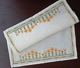Úžitkový textil - Vyšívané prestieranie - jarné (1) - 9321984_