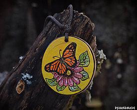 Náhrdelníky - Motýlik na lúke - 9327086_