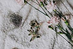 Pierka - Svadobné pierka jutové so zeleným lístkom (Pierko z jutového špagátika so zeleným) - 9324784_