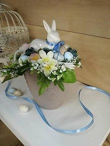 Dekorácie - zajko v modrom_ veľkonočná dekorácia - 9328251_