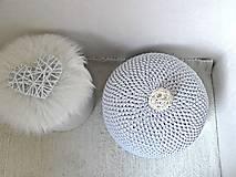 Úžitkový textil - Háčkovaný PUF svetlošedý bavlna - 9325446_