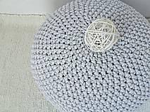 Háčkovaný PUF svetlošedý bavlna