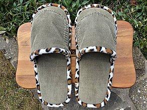 Obuv - Menčestrové papuče s vreckom - 9327420_