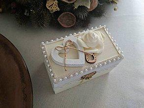 Krabičky - Drevená krabička na svadobné prstene - 9331751_